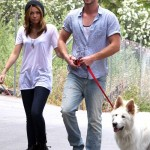 wpid-Miley-Cyrus-and-boyfriend-Liam-Hemsworth-walking-the-dog.jpg