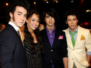 wpid-Miley-and-Jonas-Brothers-on-Forbes-2010-Most-Powerful-Celebrities.jpg