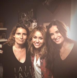 wpid-Demi_Moore_Miley_Cyrus_.jpg